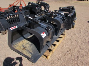 Unused Stout Grapple Bucket HD72-FB w/ skid steer quick attach